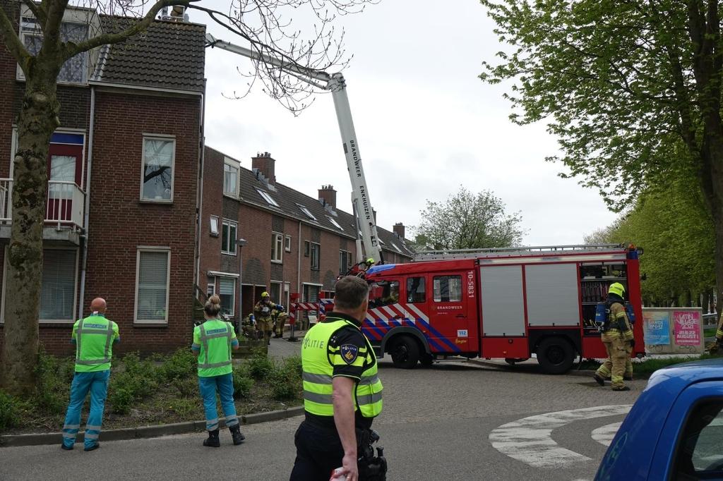 Ook een uur later is de oorzaak van de brand nog onduidelijk. Foto: Inter Visual Studio / Danielle Rood © rodi