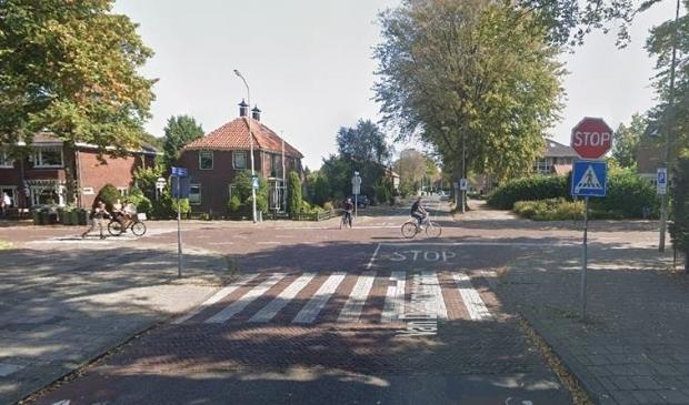 <p>Twee studenten doen onderzoek naar het gevaarlijkste kruispunt in Hoorn en kan uw input goed gebruiken.&nbsp;</p>