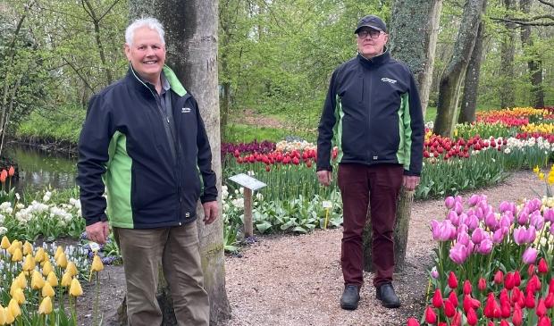 <p>André Duivenvoorden (l) en Frans van Lierop in de Podertuin.</p>