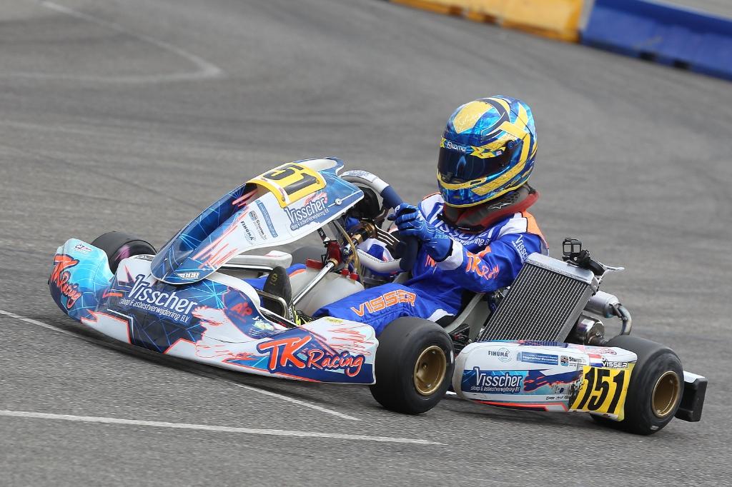 Het resultaat in Venray gaf Dylan meer vertrouwen in de kart.  (Foto: Bas Kaligis/RaceXpress.nl) © rodi