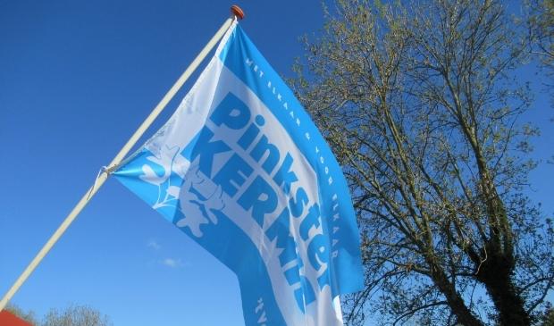 <p>Koop ook de Pinkster Kermis vlag.</p>