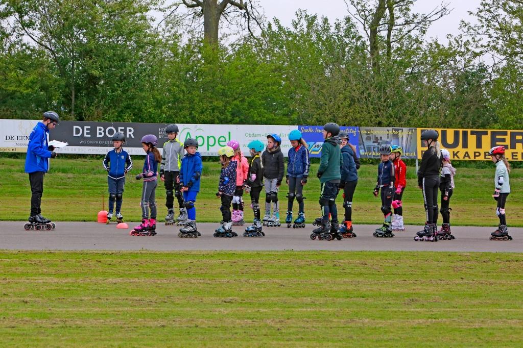 Goede begeleiding en duidelijke uitleg bij skeelervereniging Koggenwaard in Hensbroek. (Foto: Theo Annes) © rodi