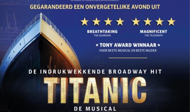 Boek de Titanic. (Foto: aangeleverd) © rodi