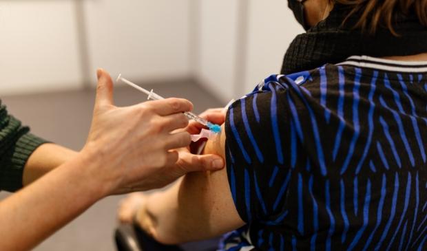 <p>De komende weken verwacht het Ministerie van Volksgezondheid een forse toename van de levering van vaccins. </p>