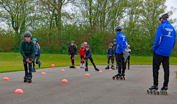 <p>Met de training krijgen de kids plezier in de sport.</p>