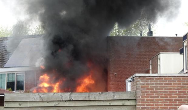 <p>Omliggende woningen zijn ontruimd bij woningbrand Enkhuizen.</p>