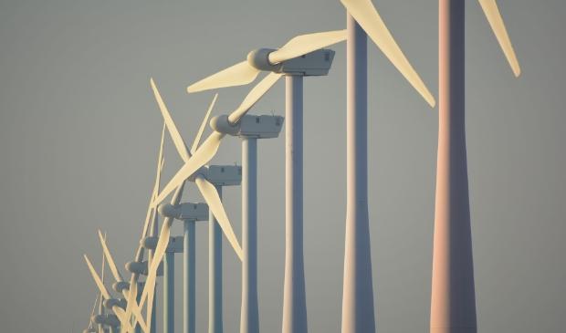 <p>Het versoepelen van de regels van windturbines zou ook meer geld kosten voor gemeentes en de woningbouwplannen van diverse gemeentes frustreren. </p>