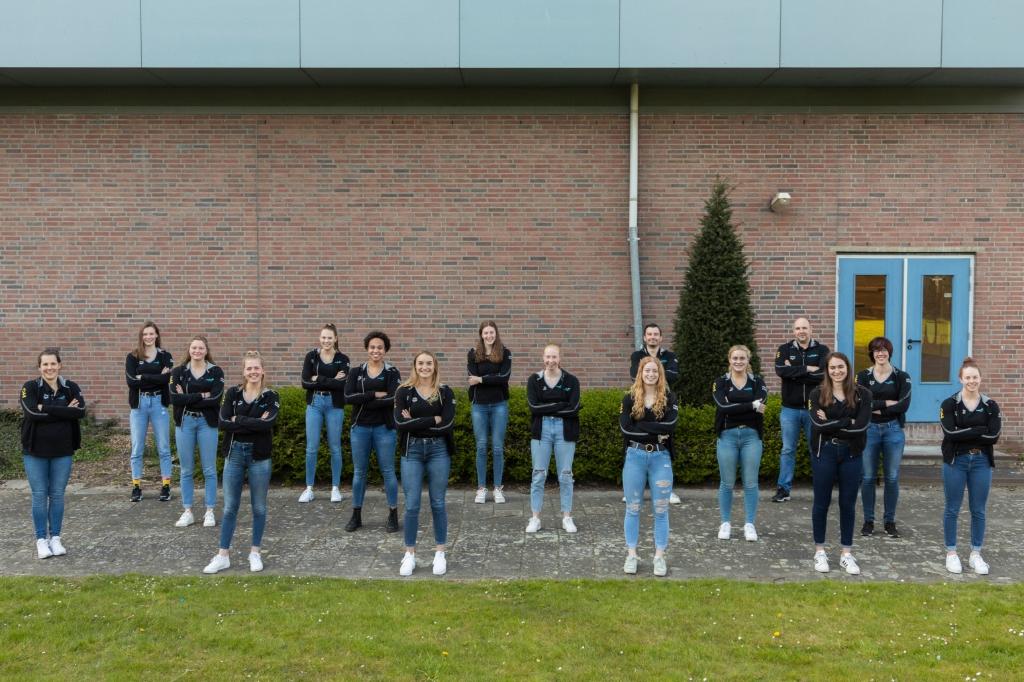 <p>De dames van Zv De Zaan gaan komend weekend ook de strijd aan in de halve finale.&nbsp; &nbsp;</p> (Foto: Nina Willersen) © rodi