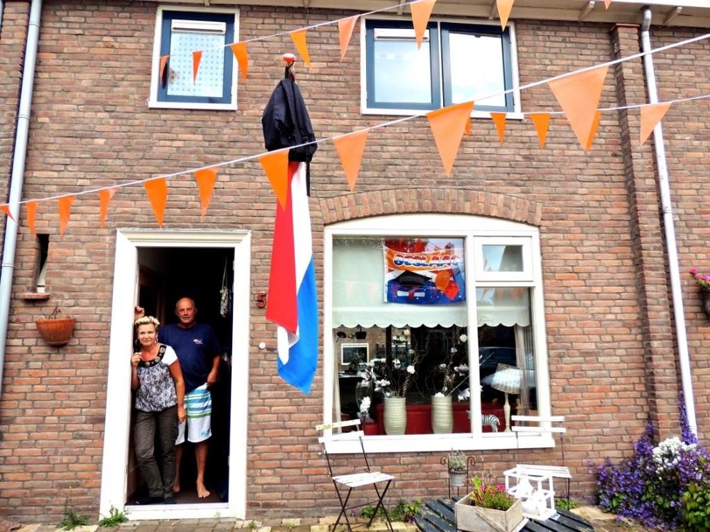 In deuropening Diane met Gerrit in 2010 (Foto: Marja Bak-Aal) © rodi
