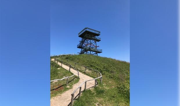 <p>Uitkijktoren kan hele zomer worden beklommen.</p>