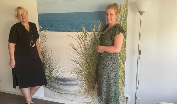 <p>Ria van Til en (l) en Suzanne van der Biezen.</p>