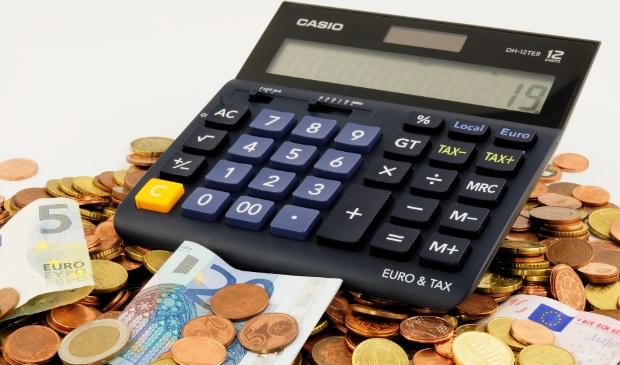 """<p pstyle=""""PLAT"""">De komende jaren moet Stede Broec financieel balanceren.&nbsp;</p>"""