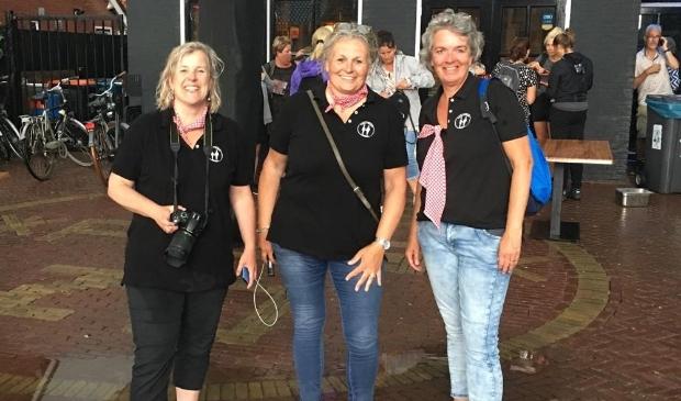 <p>Met al weken mooi weer in the pocket verheugde de organisatie - Carin Muileboom, Ilja Korf, Karen Duin en Rianne Groen - zich op een gezellige, zonnige avond.... </p>