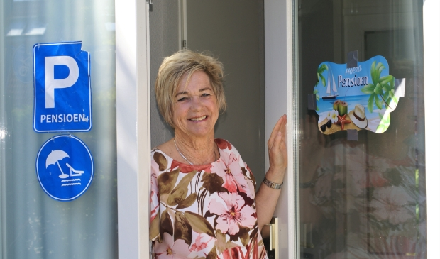 <p>Tini is na bijna vijftig dienstjaren met pensioen. &#39;Het is wel mooi geweest.&#39;</p>