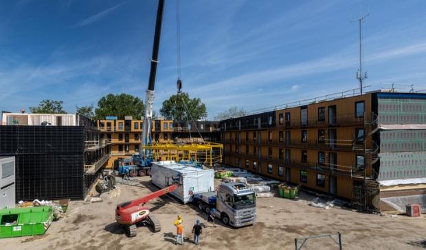 <p>De laatste appartementen komen aan de op de bouwlocatie.</p>