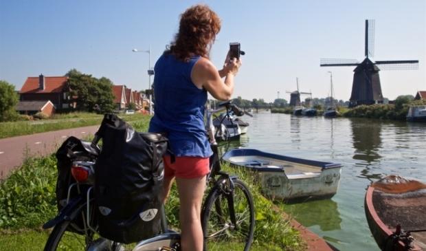 <p>De gemeente Alkmaar verhoogt de bijdrage aan Holland boven Amsterdam.</p>
