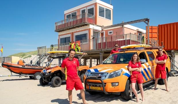 <p>Reddingsbrigade Post Sint Maartenszee. De brigade is sinds 1 juni weer officieel begonnen. Vaste medewerkers zijn Martijn, Damien, Annelotte en Sabastian.</p>