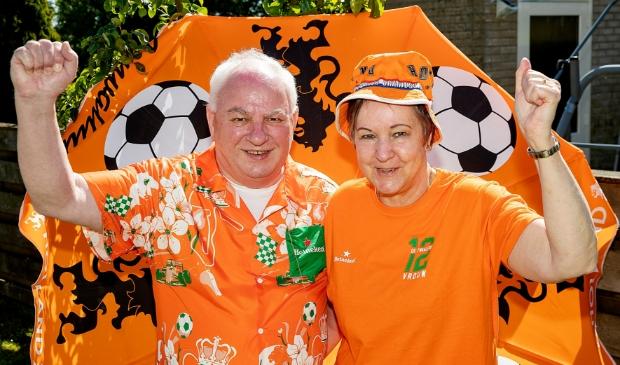 <p>Tijdens een EK of WK is de sfeer heel gemoedelijk, vinden Frits en Trudy.</p>