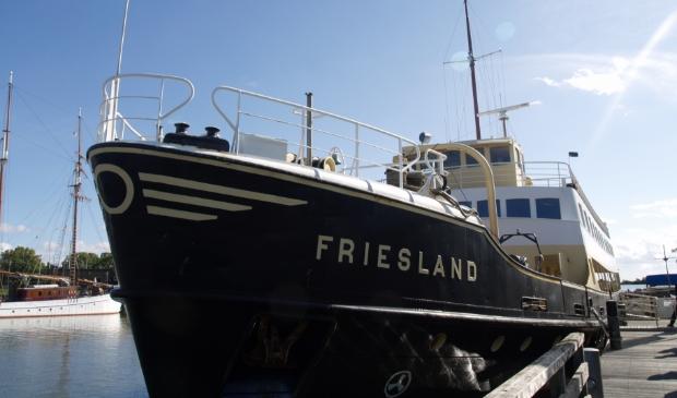 <p>MS Friesland vaart weer</p>