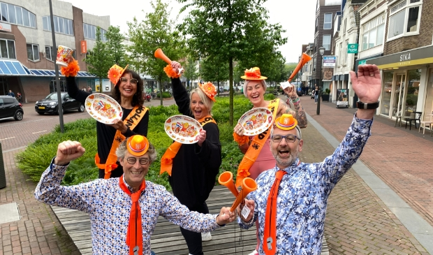 <p>Ondernemers van centrum Beverwijk zijn klaar voor een mooi oranjefeest.</p>