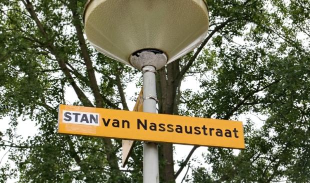 <p>Er is een kindje geboren in de Nassaustraat.</p>