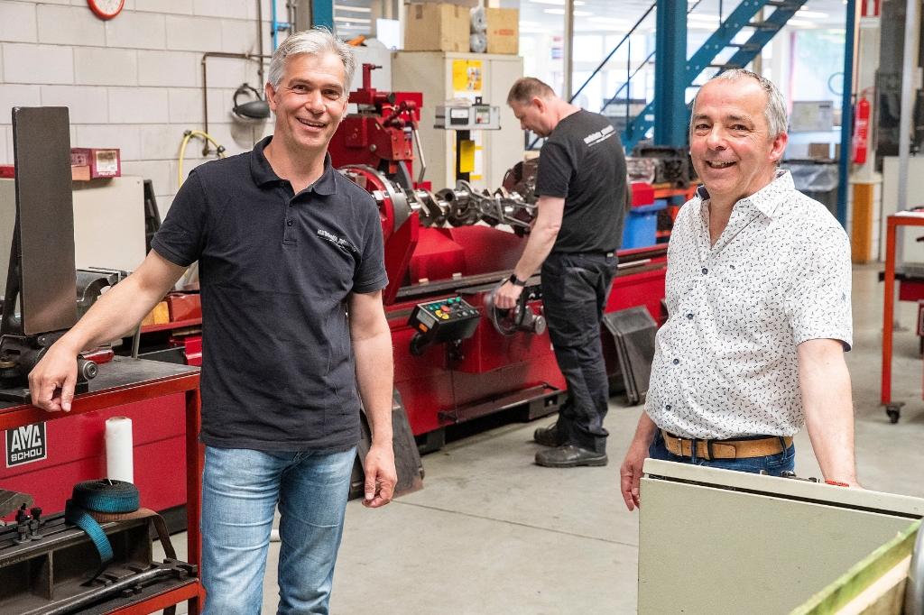 Quintus Meijer (l) en Gerrit Kadijk bij NHMR. (Foto: vincentdevries.nl) © rodi