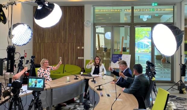 <p>Marktpartijen, Westfriese gemeenten en provincie Noord-Holland werken samen aan versnellen woningbouw</p>