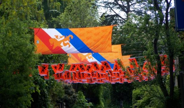 <p>De vlaggetjes hangen</p>