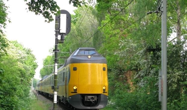 <p>Het ca. 1,8 km lange enkelsporige trac&eacute; binnen Leiden vormt &nbsp;al jaren een &ldquo;bottleneck&rdquo; .</p>