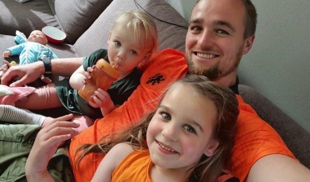 Jan en zijn kinderen zijn klaar voor het EK!