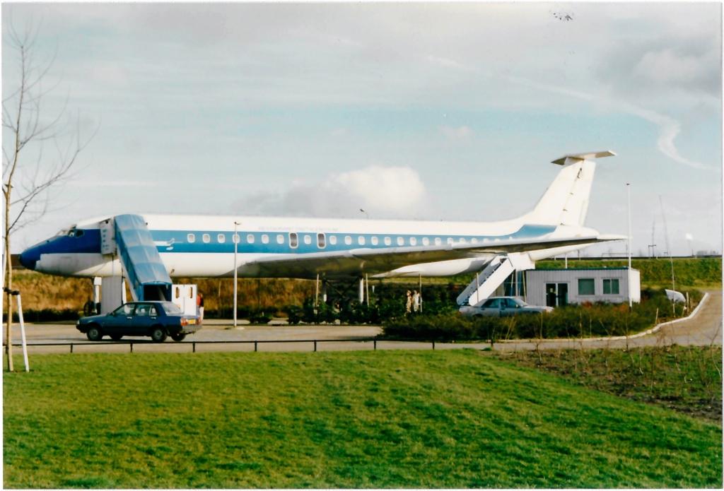 Vliegtuigrestaurant (1989). (Foto: Waterlands Archief, Piet Hetjs) © rodi