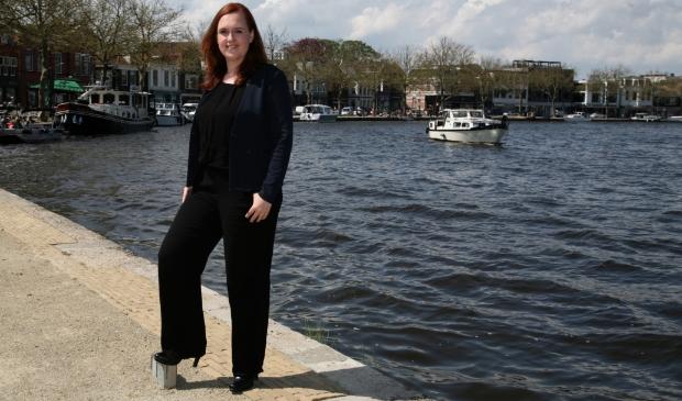 <p>Stephanie Onclin wil zich graag inzetten om ons lieve leven in Zaanstad te behouden én verbeteren. Maar daarvoor moet ze wel de wensen weten die er leven in de stad en dorpen van Zaanstad.</p>