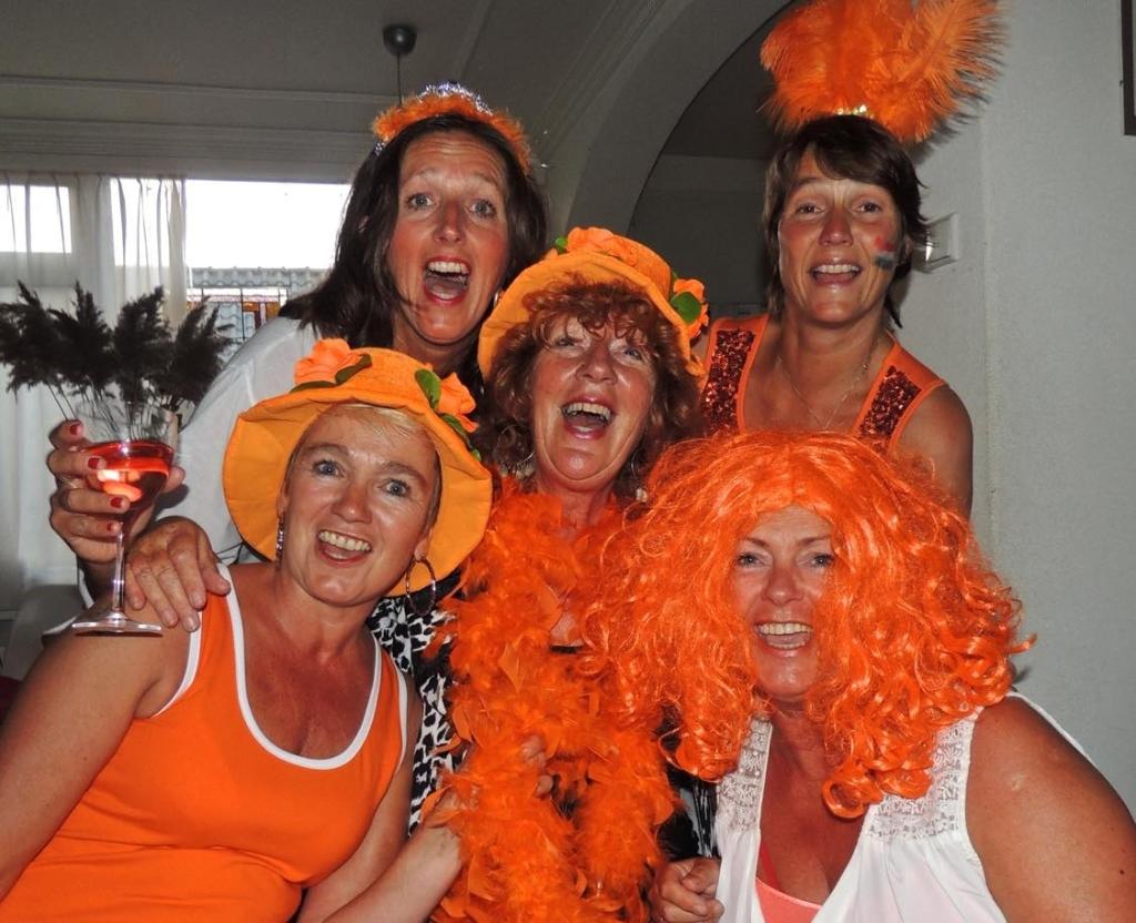 Marja met de meiden (Foto: Marja Bak-Aal) © rodi