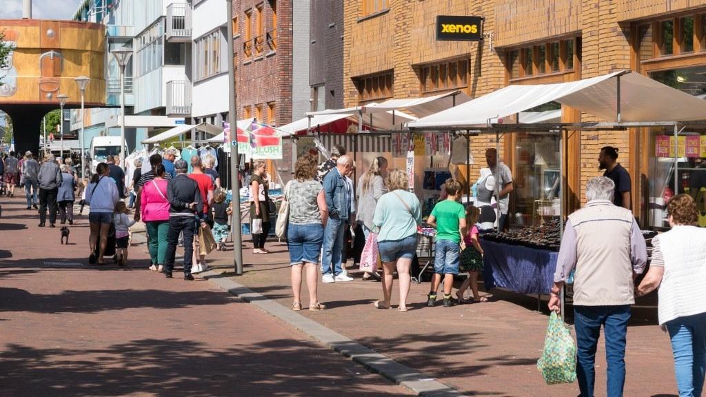 Juttersmarkten gaan weer door. (Foto: heldersebinnenstad.nl) © rodi