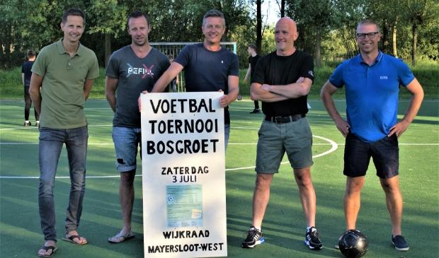 <p>Het nieuwe team bestaande uit Jan Biersteker, Mike Ton, Jimmy Duys, Frank Kramer en Rene Vagevuur.</p>