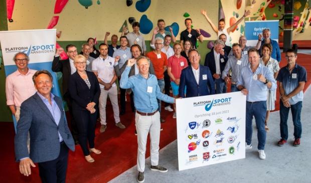Leden van het POS tonen zich blij met de formele oprichting van het platform.