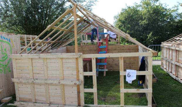<p>Tijdens de Movak worden de mooiste hutten gebouwd door de jeugd van zes tot en met twaalf jaar.&nbsp;</p>