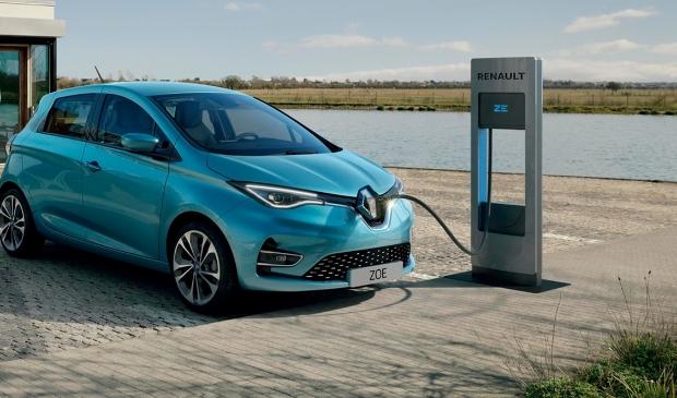 <p>Een modern en sportief design, opvallende rondingen en precies de juiste dosis brutaliteit; dat is de Renault ZOE.</p>