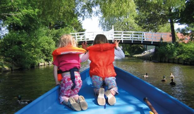 <p>Bewoners Waterweide kunnen naar Enkhuizen varen, na de formele opening van de nieuwe brug bij het Nassaupark in Bovenkarspel.</p>