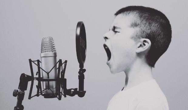 <p>Op de Gideonschool oefenen de kinderen met zang, ritme en ook beweging.</p>