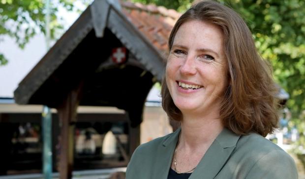 <p>De nieuwe burgemeester Mascha ten Bruggencate zal eerst vooral veel kijken en luisteren, alvorens te komen tot eigen speerpunten in het beleid.</p>