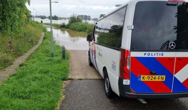 <p>Politie uit heel Nederland schiet te hulp in Limburg.</p>