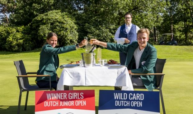 Het traditionele winnaarsdiner: Rosanne Boere en Felix van Dijk genieten. (Foto Tribute2Sports / Bert van der Toorn)