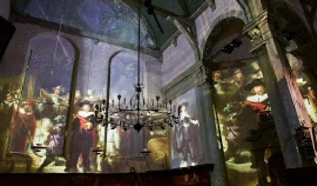 <p>De Noorderkerk is het podium waar Van Gogh en Rembrandt elkaar ontmoeten in een expositie.</p>