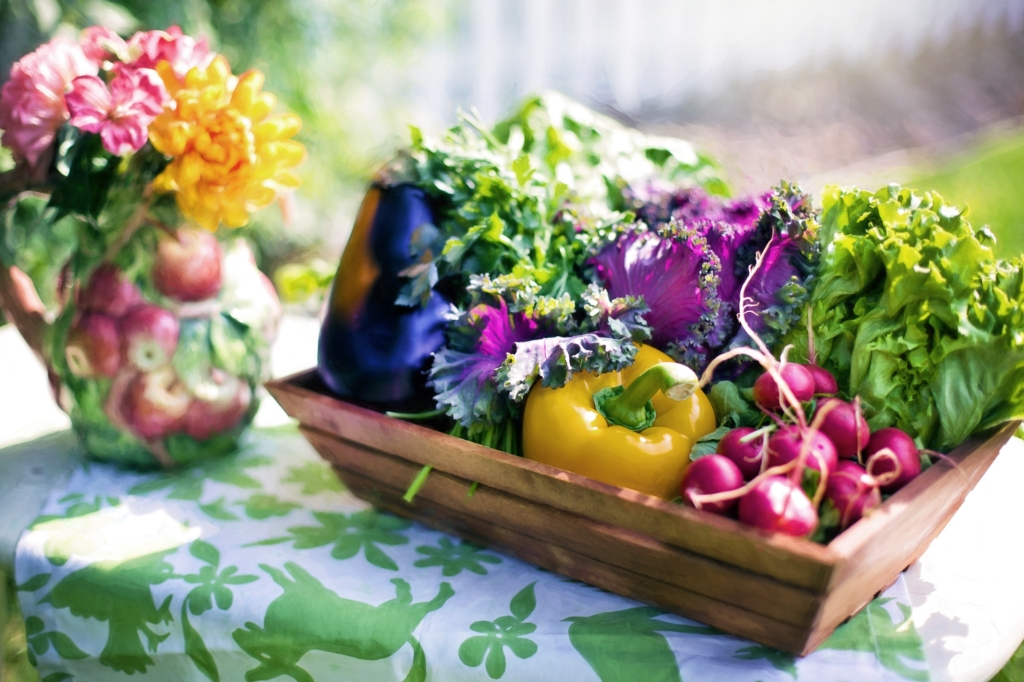 Onbewerkte groente vormt de schoonmaakploeg in je lichaam.  (Stockfoto) © rodi