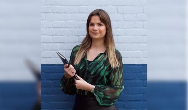 <p>Nathalie Hink staat klaar voor de jongeren in Badhoevedorp.</p>