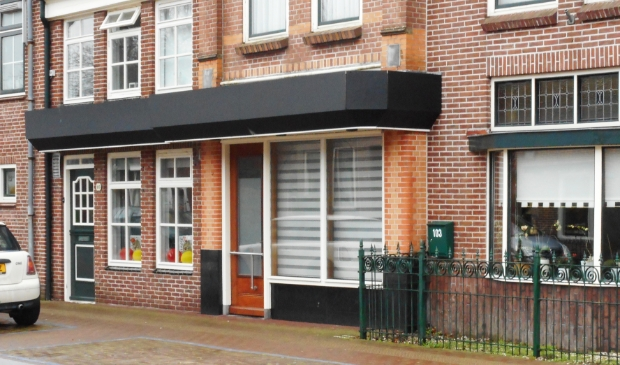 Voorbeeld van ombouw winkelruimte naar appartementen in de Dorpsstraat