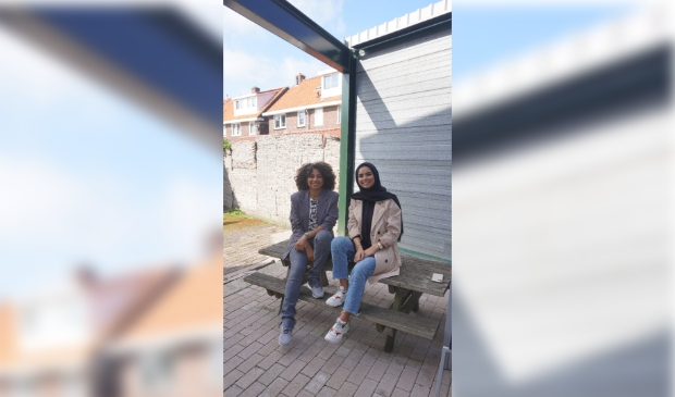 <p>De Meidenwerkers van SWT Zaanstad (Girlzz) presenteren het girls only evenement.</p>