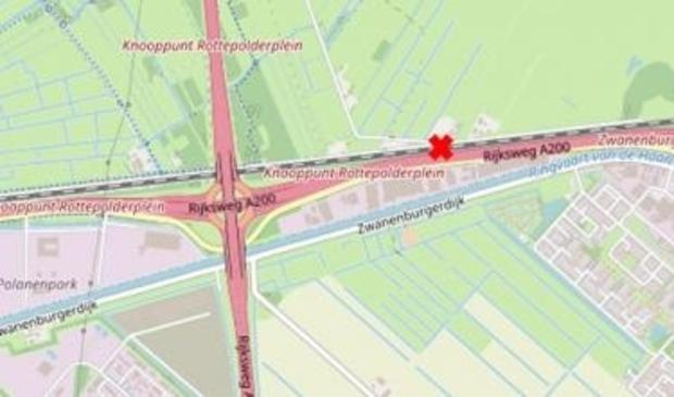 <p>Wethouder van Essenweg, tussen de aansluitingen met de Houtrakkerweg en de Oude Haarlemmerstraatweg (uitgezonderd hulpdiensten);Liedeweg, tussen de aansluitingen met de Oude Notweg en de Haarlemmerstraatweg;Voetpad, tussen de aansluitingen met de Batterijweg/Vinkebrug en de Haarlemmerstraatweg.</p>