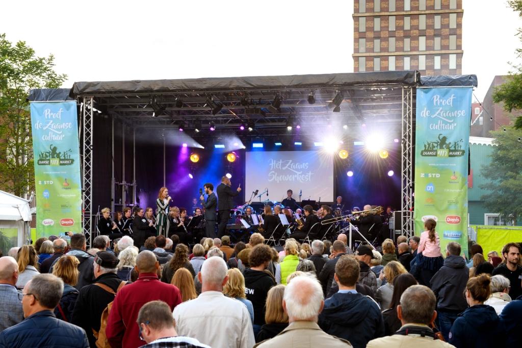 Culturele organisaties uit Oostzaan zijn ook op de Zaanse UITmarkt present.  (Foto: aangeleverd) © rodi
